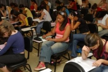 Materiais online podem ajudar estudante a se preparar para o Enem
