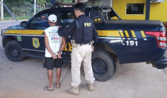 PRF flagra idoso saindo de motel com criança de 11 anos, em RO